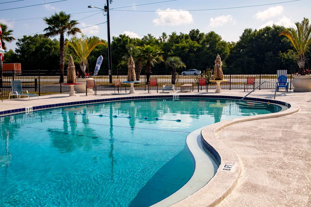 Camp Central RV Park Pool, Lake Wales